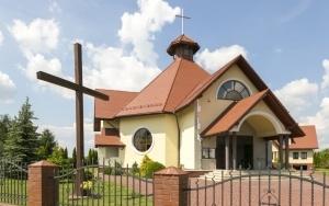 Kościół pw. św. Siostry Faustyny w Ostrężnicy