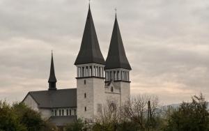 Kościół pw. św. Jana Pawła II w Krzeszowicach